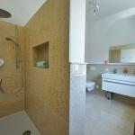 Obergeschoss Bad zu Doppelzimmer Nr. 4