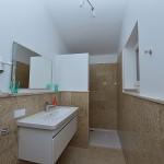 Obergeschoss Bad zu Doppelzimmer Nr. 3